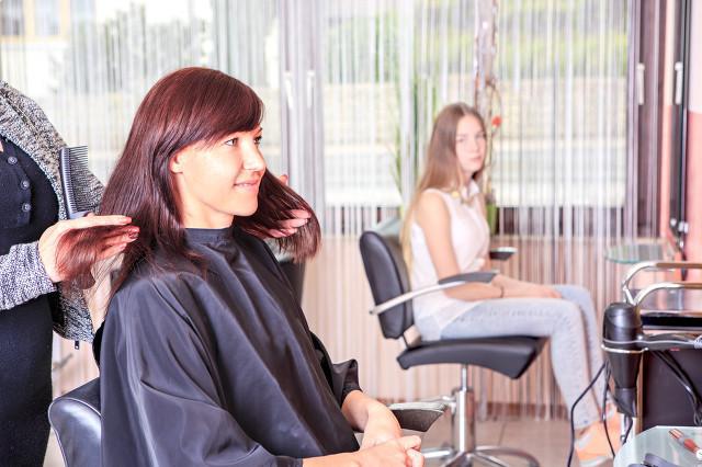 深圳哪里有卖假发的实体店?